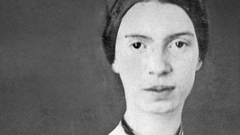 Las frases de la escritora Emily Dickinson en el día de su nacimiento