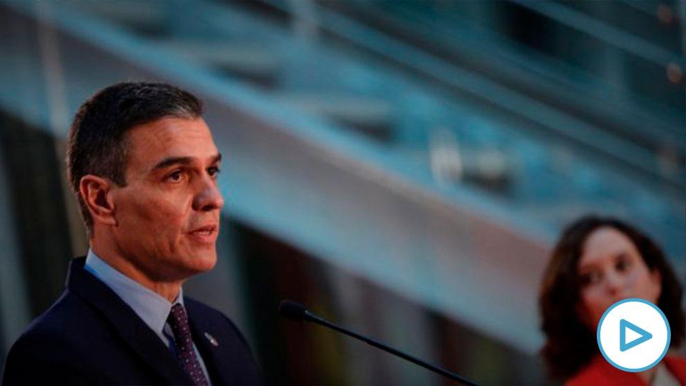 El Ejecutivo de Sánchez reduce drásticamente el número de vacunas al Gobierno de Díaz Ayuso en la primera oleada.