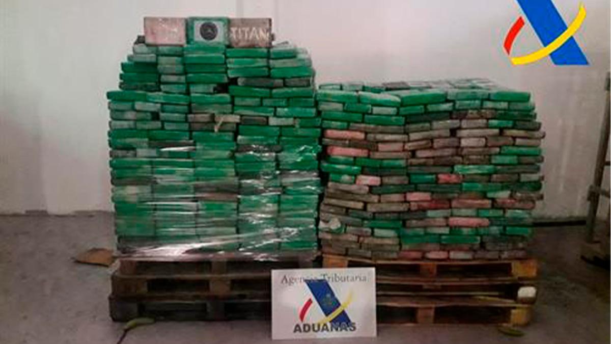 Cargamento de cocaína aprehendido por Vigilancia Aduanera de la Agencia Tributaria.