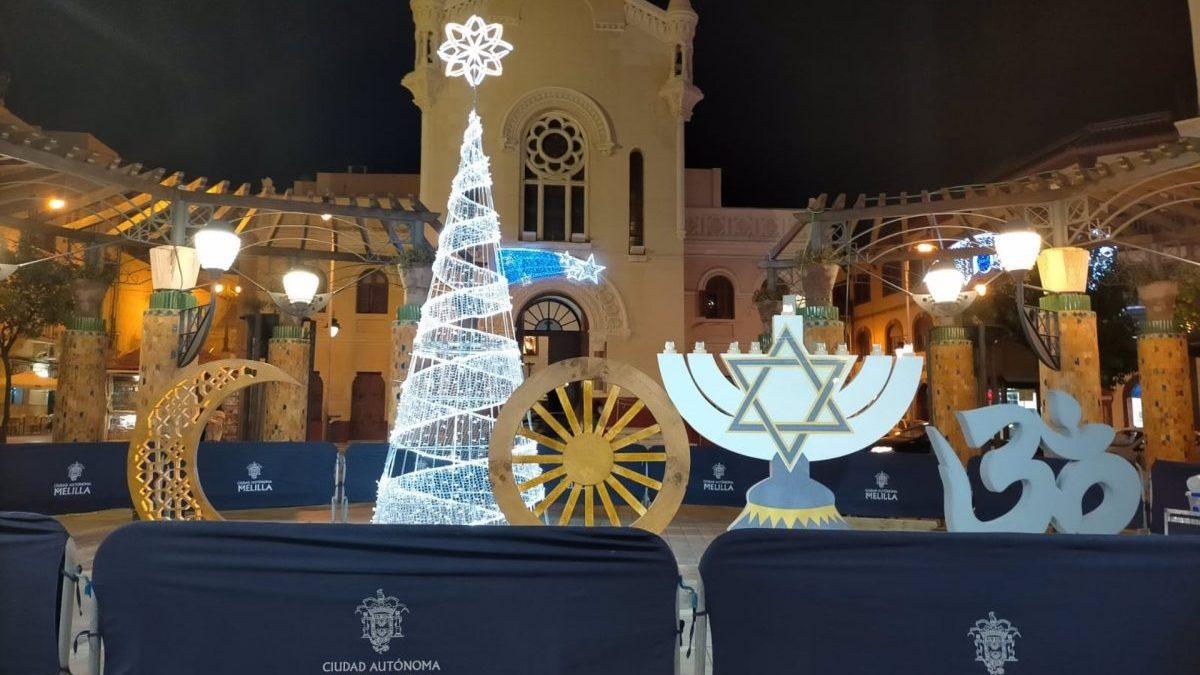 El PP acusa al Gobierno de Melilla de «desnaturalizar» la Navidad y el PSOE niega falta de respeto a los cristianos