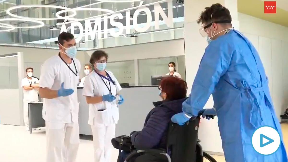 Una mujer de 63 años con neumonía por Covid-19, primera paciente del Hospital Isabel Zendal.