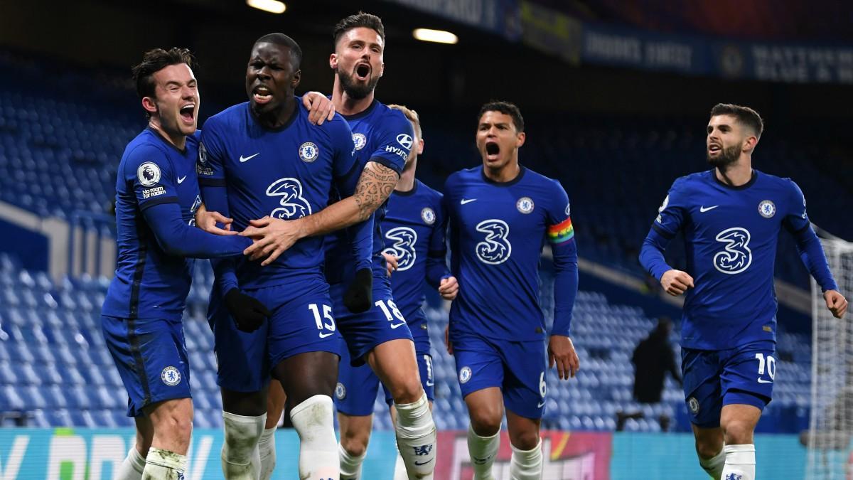 Los jugadores del Chelsea celebran un gol. (Getty)