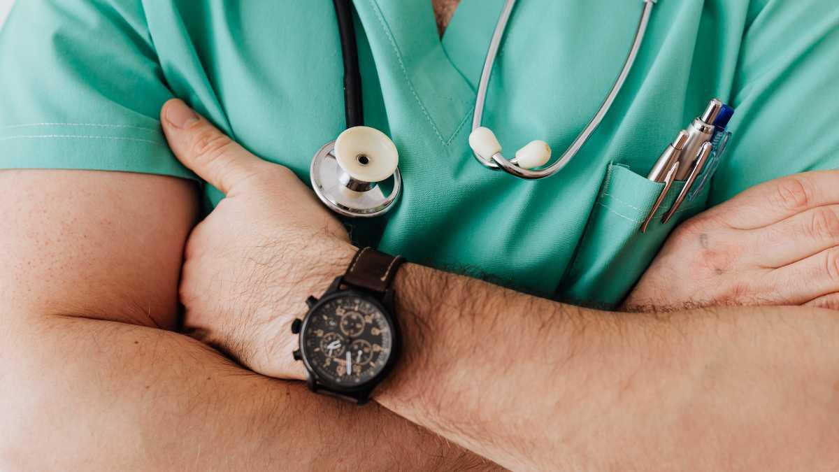 ¿De qué trata la medicina interna?