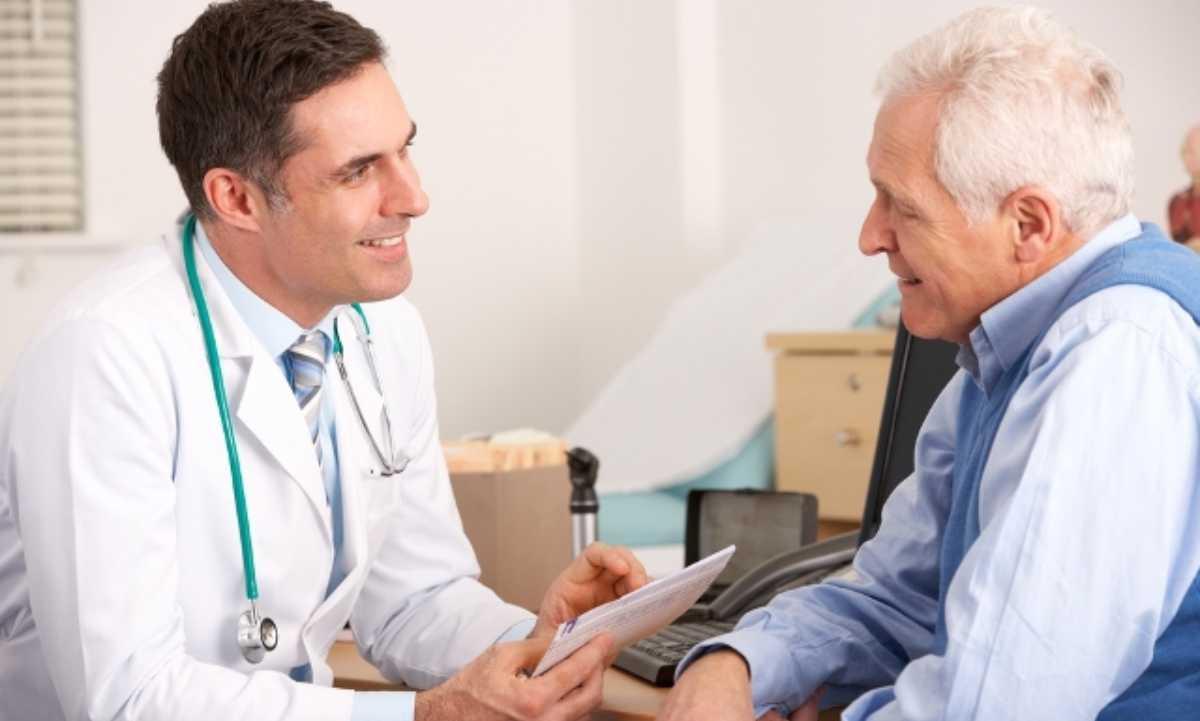Paciente y médico.