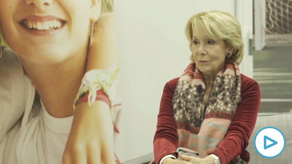 Esperanza Aguirre en el Colegio Nuestra Señora de Schoenstatt, de Pozuelo de Alarcón