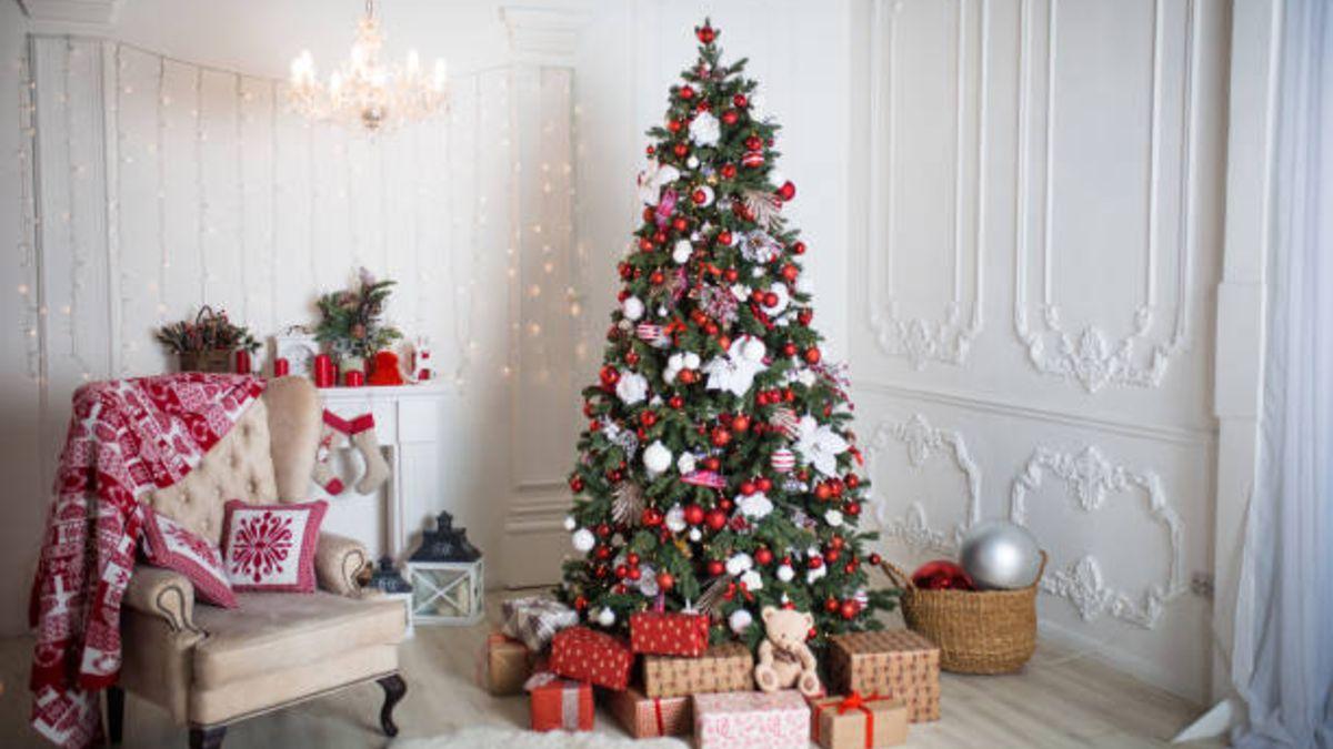 Descubre qué revela de ti tu árbol de Navidad