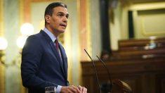 El presidente del Gobierno, Pedro Sánchez, en la tribuna del Congreso de los Diputados.