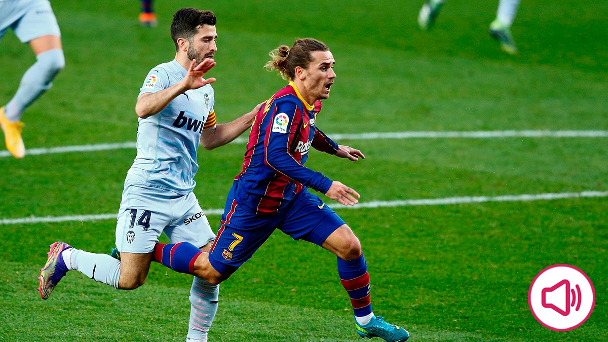 RAC 1 alucinó con el penalti que se inventó Hernández Hernández.