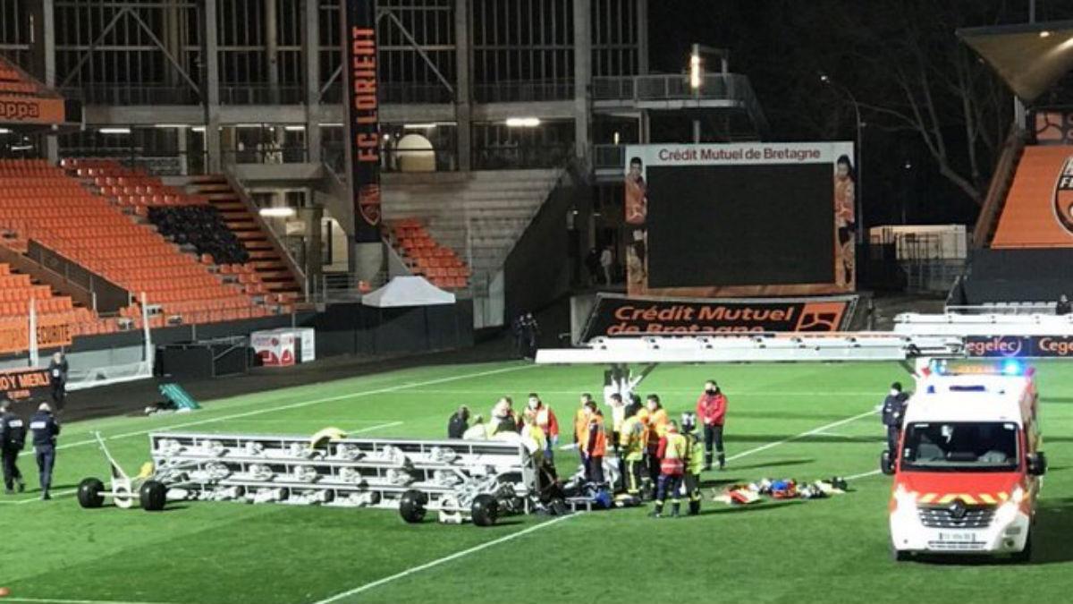 Un jardinero del Lorient, en estado grave tras caerle un foco en el estadio.