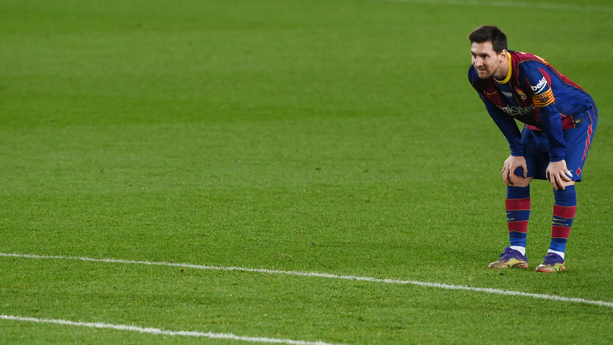 Messi, durante el partido ante el Valencia en Liga (AFP)