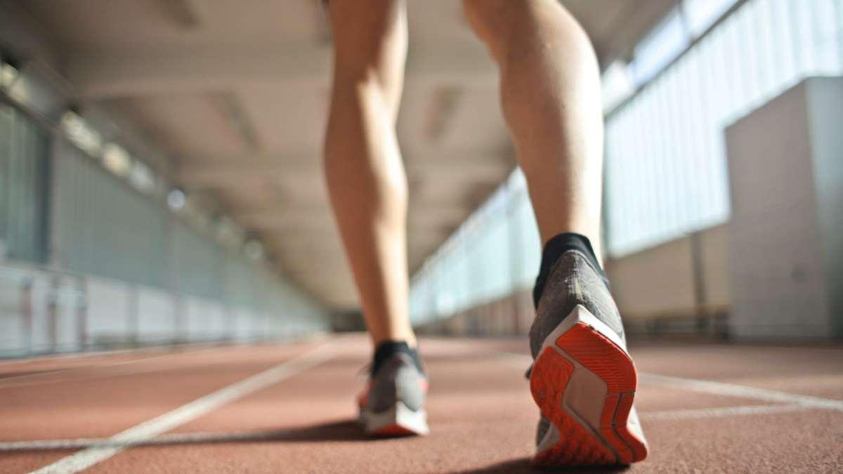Hacer más deporte te ayuda a aliviar las agujetas