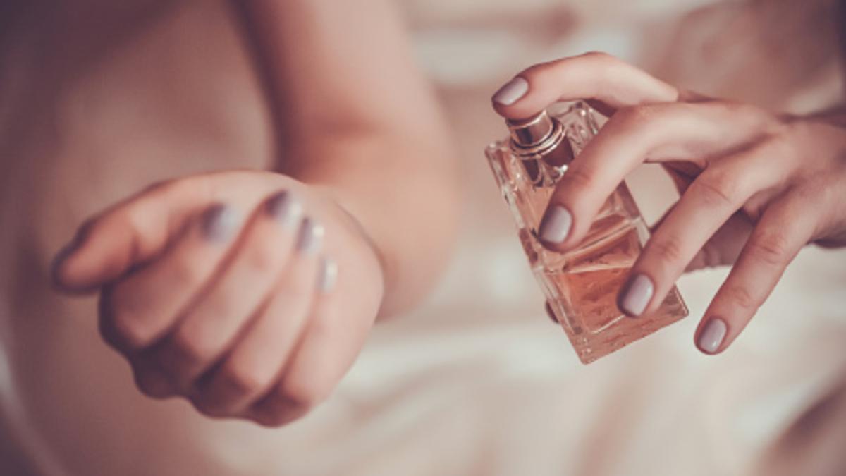 7 perfumes de mujer recomendados para regalar en los Reyes Magos