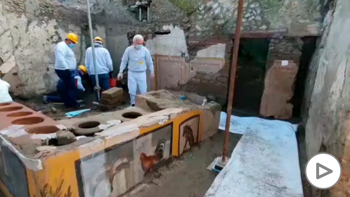 Descubren en Pompeya un restaurante de comida rápida con restos de comida
