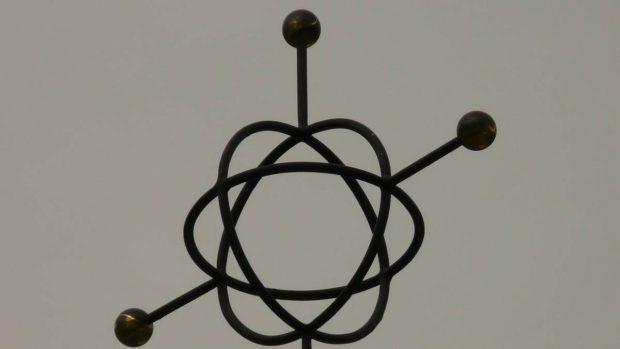 Átomo de metal