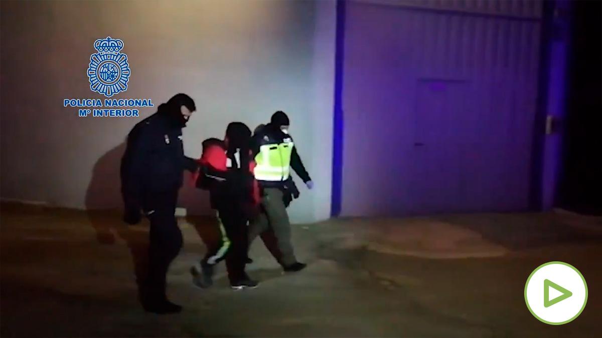 Detenido un familiar de un yihadista en Castellón tras amenazar a los peatones con un machete.