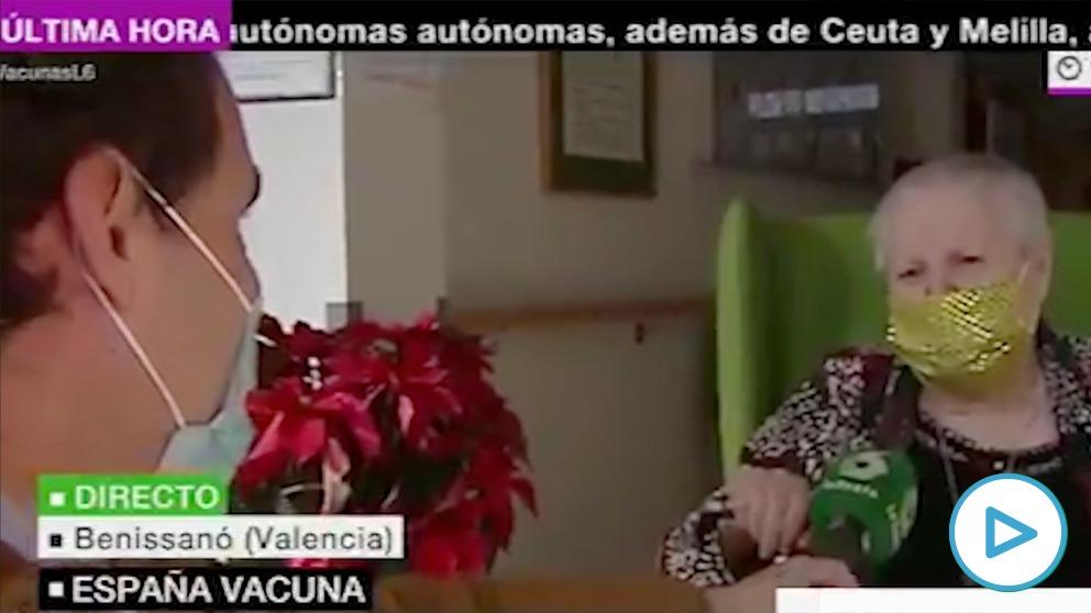 La primera vacunada de una residencia de Valencia reclama al Gobierno más fondos para su centro.