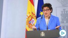La ministra española de Asuntos Exteriores, Arancha González Laya, en la rueda de prensa en Moncloa este jueves. (Foto: Efe)