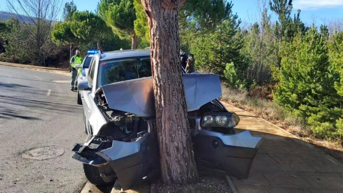 El vehículo de Mario Herrera, completamente destrozado en la foto difundida por el diario 'La Rioja'.