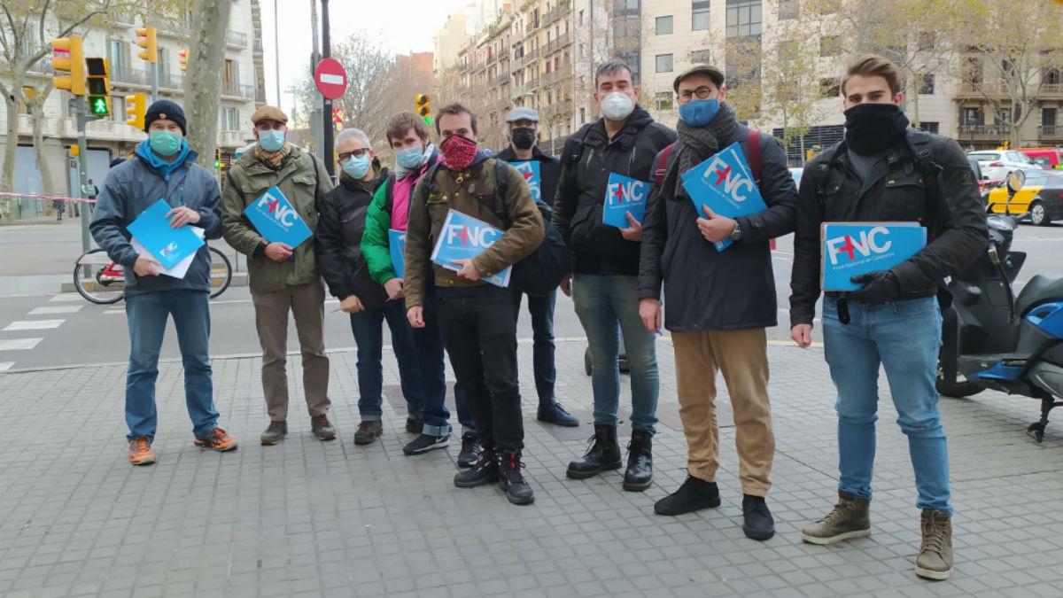 Militantes del ultraderechista Frente Nacional de Cataluña.