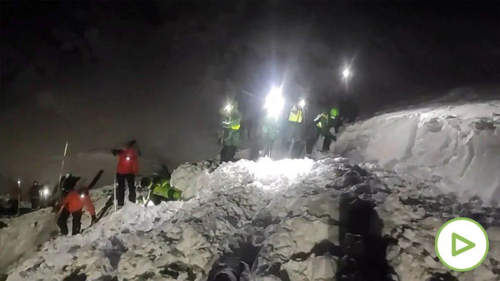 Tareas de rescate en San Isidro (Asturias)