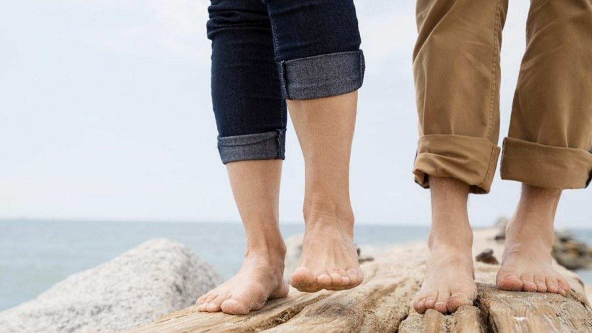 ¿Cuántos huesos del pie tenemos?