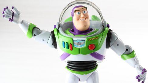 Buzz Lightyear, el héroe espacial de 'Toy Story' guarda un problema argumental