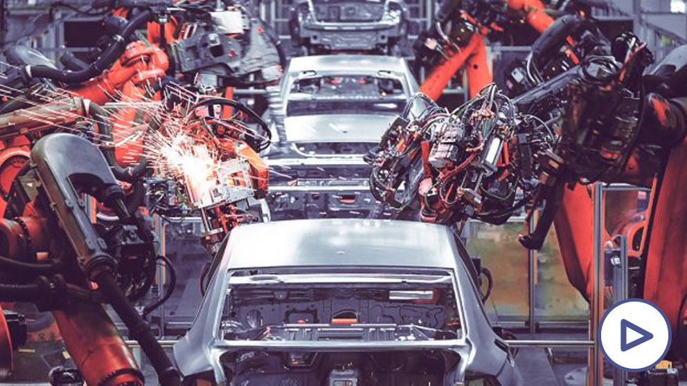 Las fábricas de coches cerrarán hasta 2 semanas en 2021 por la subida del impuesto de matriculación