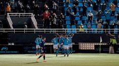 El Ibiza celebra uno de los goles con la afición. (EFE)
