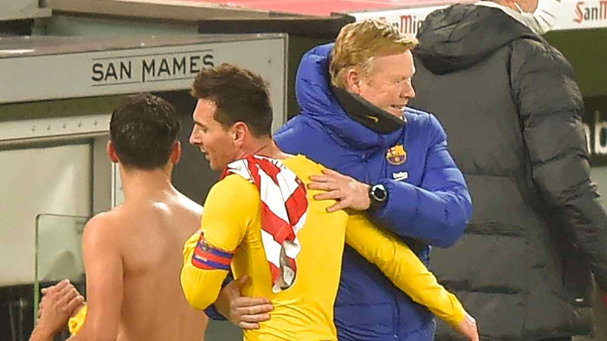 Ronald Koeman con Messi en San Mamés. (AFP)