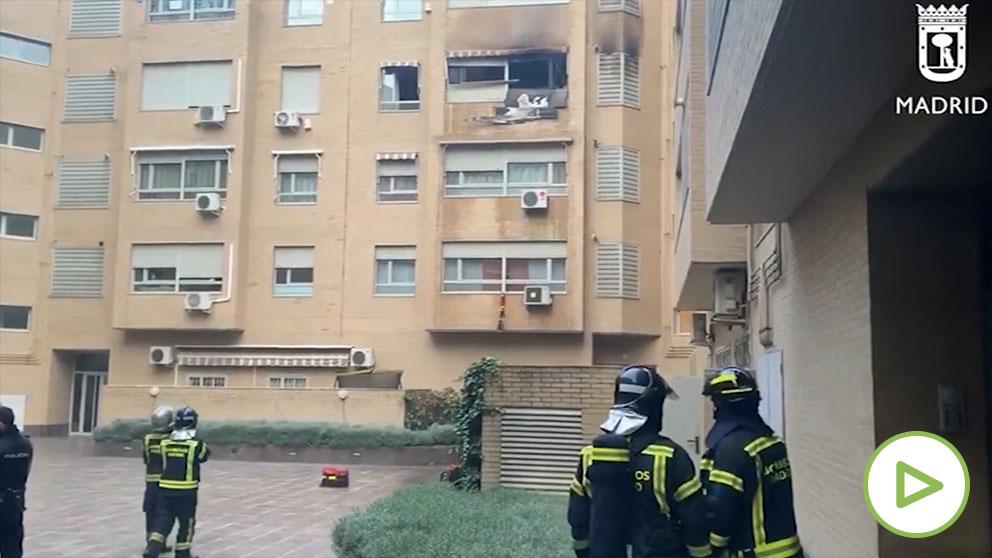 Bomberos apagan incendio en Villaverde