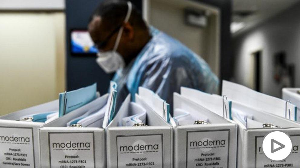 Una imagen del laboratorio donde se prueba la vacuna de Moderna. (AFP)