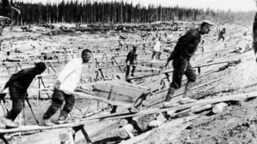 Presos en la carretera de los huesos de Stalin
