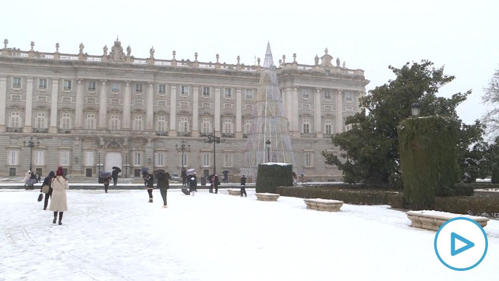 El Palacio Real se viste de Blanco.
