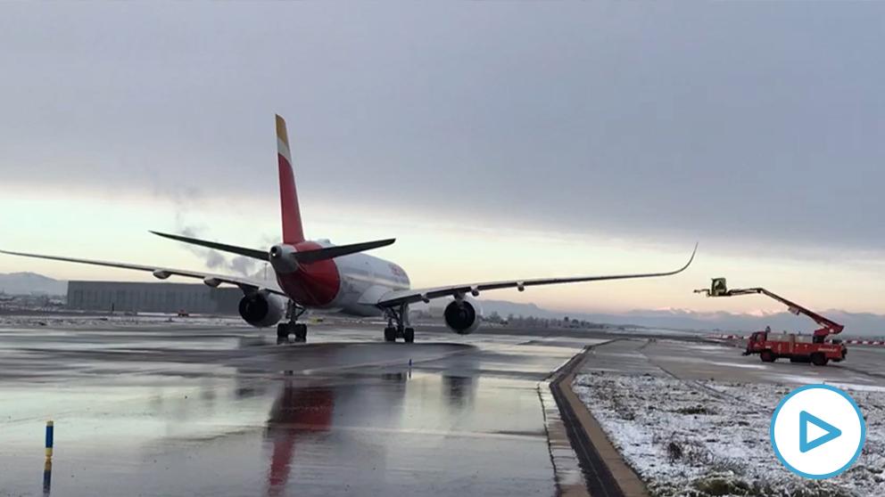 Barajas descongela sus aviones