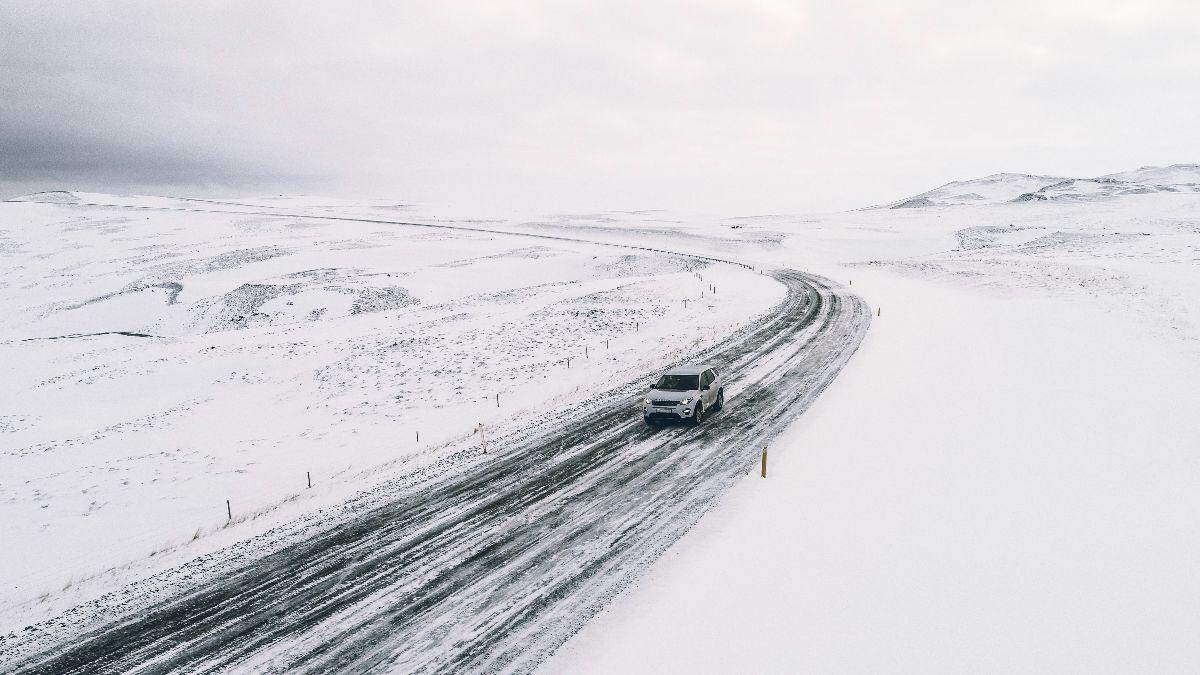 Los 10 mejores consejos para conducir con nieve y hielo