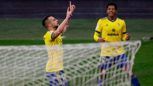 Negredo celebra un gol del Cádiz. (EFE)
