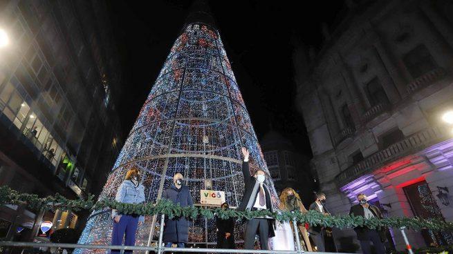 Abel Caballero apaga hoy las luces de Navidad de Vigo ante medio centenar de personas