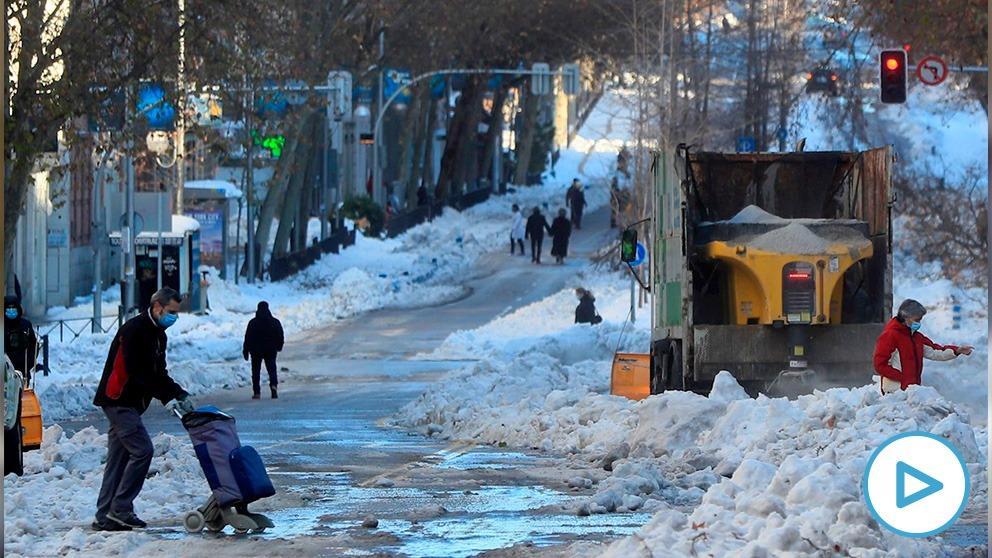 ¿Cómo caminar sobre hielo y nieve?: 5 trucos sencillos que te ayudarán