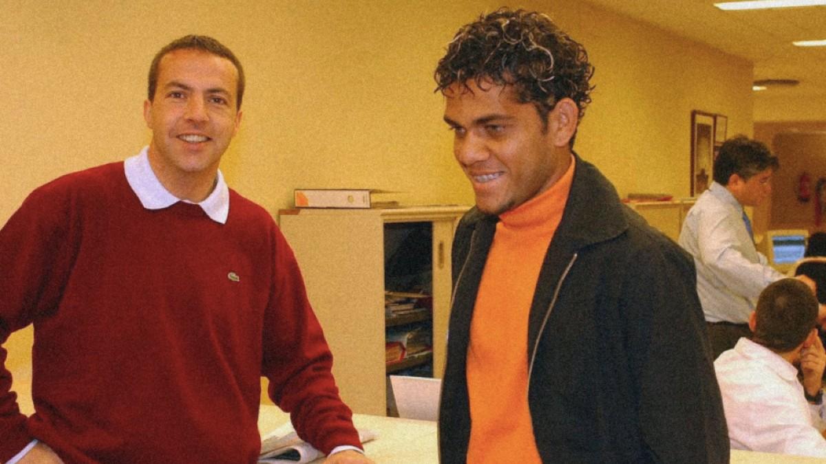 Cristobal Soria y Dani Alves.
