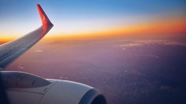 La borrasca da la puntilla a las aerolíneas tras el Covid: Barajas seguirá limitada hasta el fin de semana