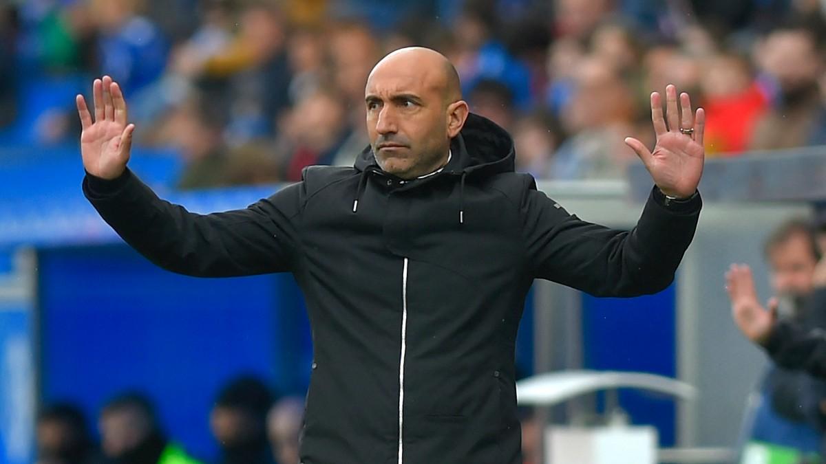 Abelardo, durante un partido. (AFP)