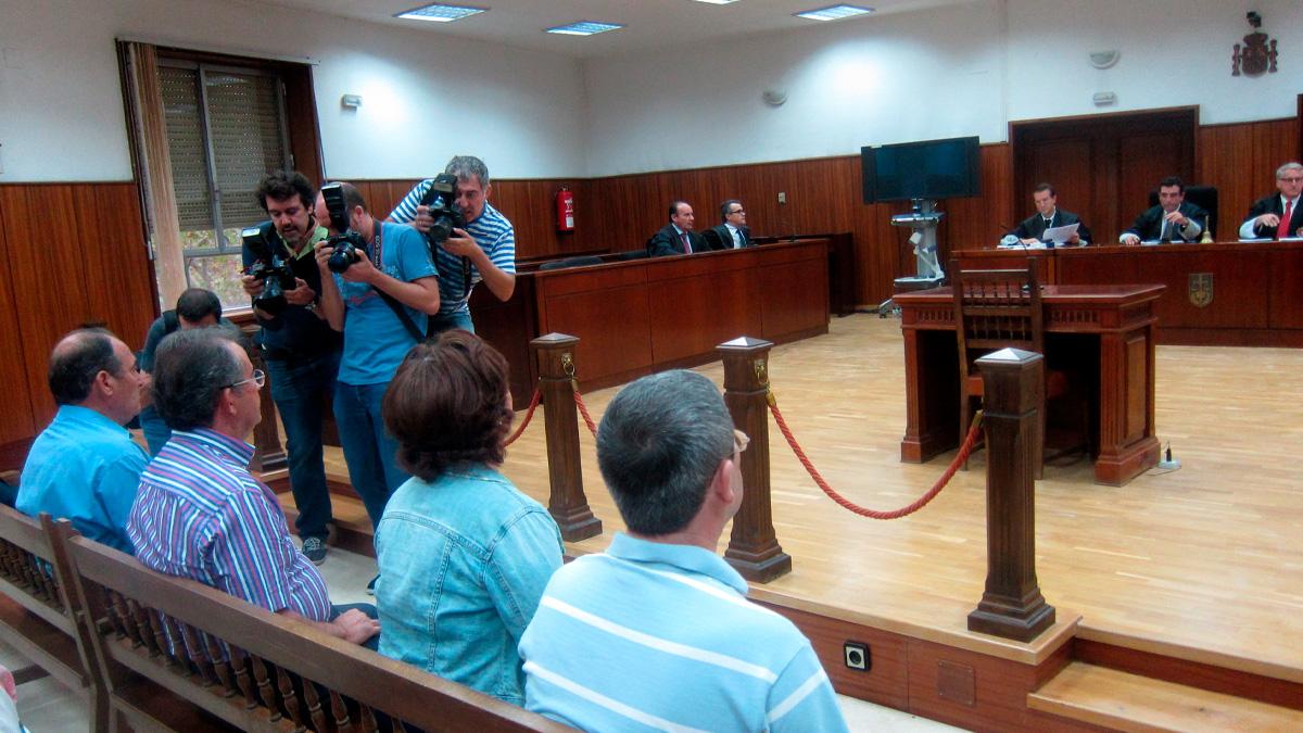 Juicio al exalcalde Fuente Palmera y tres acusados más del Ayuntamiento (Foto: Europa Press).
