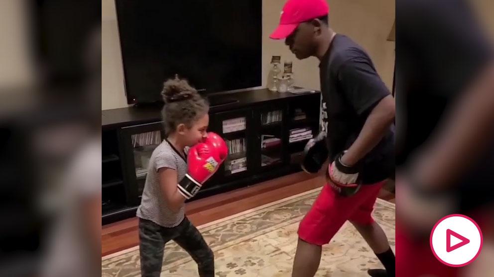 Ruby Tucker, la niña boxeadora de 7 años que maravilla al mundo