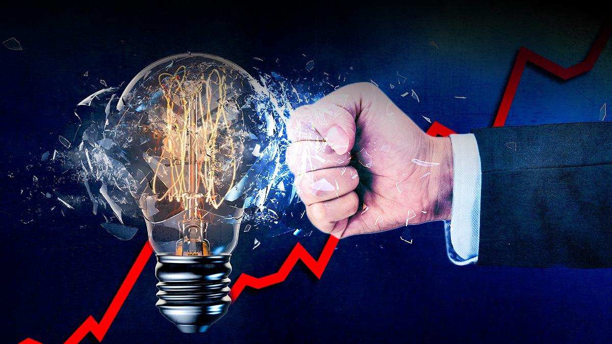 El Gobierno no frena el subidón de la luz: se dispara un 75% sólo en la primera quincena de enero