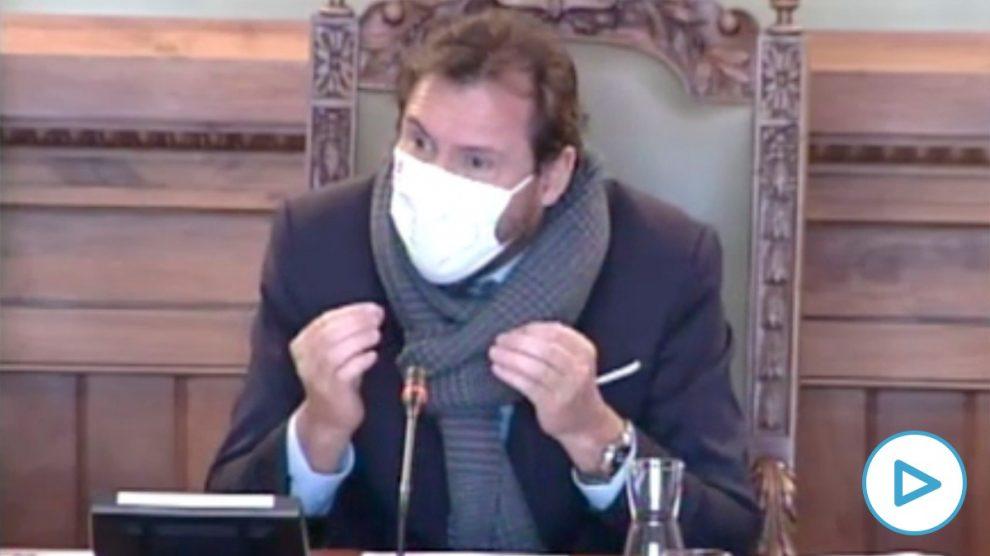 Óscar Puente insulta a Inda, OKDIARIO y el PP sin poder aportar la factura del alquiler del yate en Ibiza