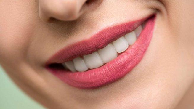 blanquear dientes amarillentos