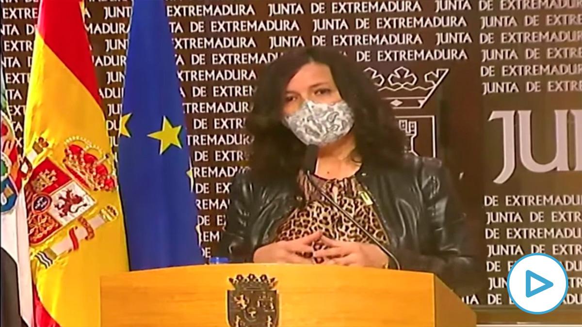 La consejera de Educación y Empleo de la Junta de Extremadura: «Los niños son menos transmisores del virus».
