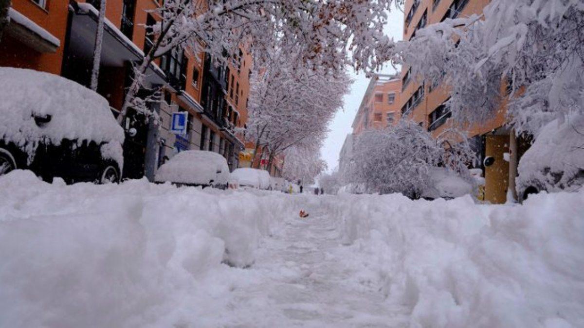 La borrasca Filomena ha dejado Madrid de color blanco