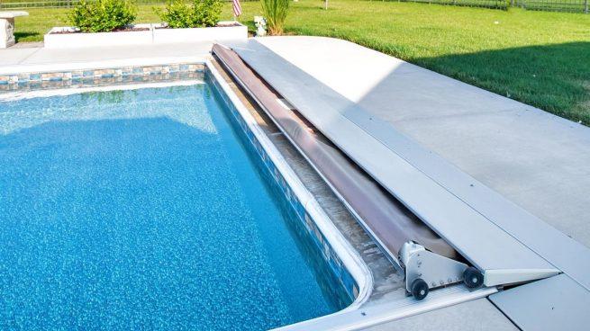 mantener una piscina en invierno