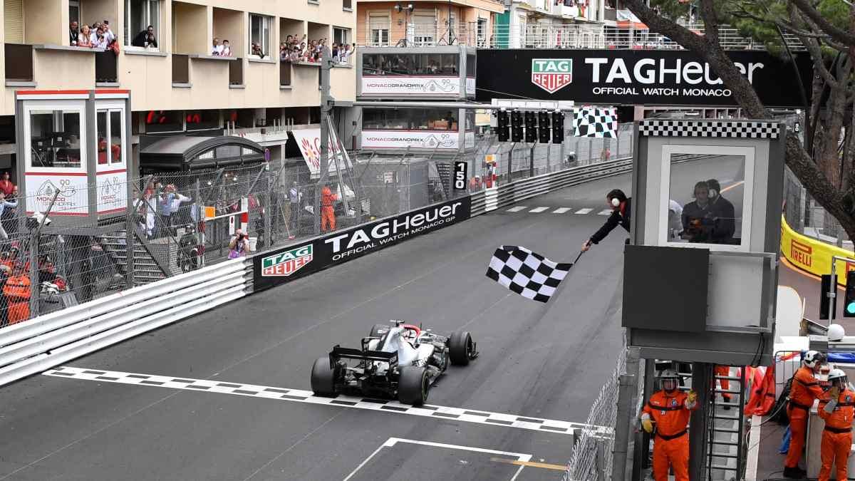 Lewis Hamilton durante el Gran Premio de Mónaco. (AFP)